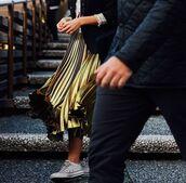 skirt,pleated skirt,gold,metallic pleated skirt,metallic skirt,converse,le fashion image,blogger,jacket,top