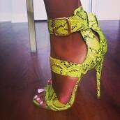 shoes,pear green snakeskin sandal,the daileigh