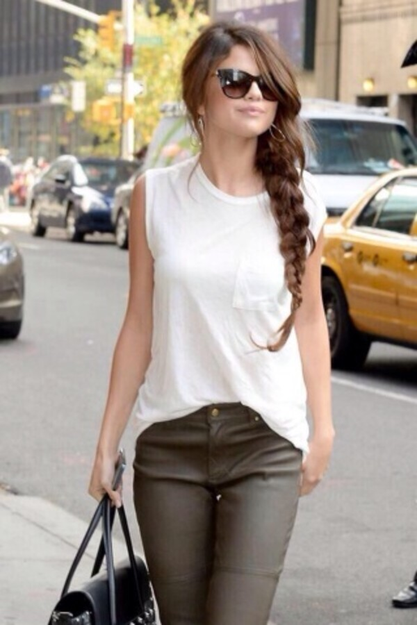 shirt selena gomez sunglasses jeans