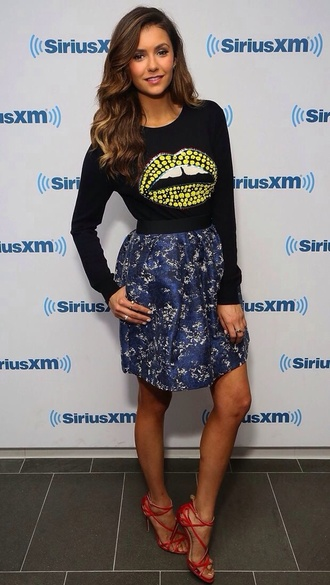 stylish nina dobrev lips floral skirt blue skirt