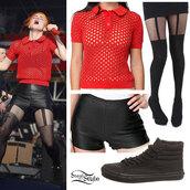 shorts,hayley williams,rock am ring,vans,black clothing,orange shirt,shirt,shoes
