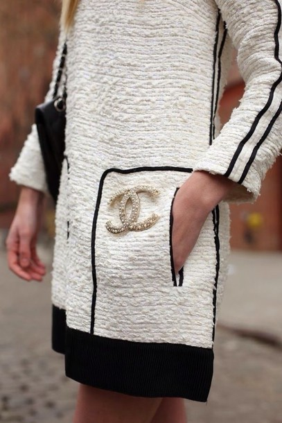 chanel pin. coat chanel pin brooch tweed ivory white cream lined trim