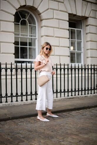 shoes tumblr white shoes flats pointed flats pants white pants culottes top nude top bag jeans