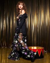 dress,sheer,gown,prom dress,zendaya,stars,embroidered dress