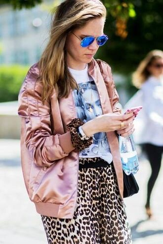jacket blue sunglasses pink bomber jacket pink jacket satin bomber leopard print animal print graphic tee mirrored sunglasses outfit idea cute outfits fall outfits