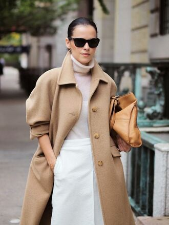 coat white and beige outfit white and beige masculine coat beige coat sweater turtleneck turtleneck sweater skirt white skirt midi skirt tumblr winter outfits winter look bag sunglasses black sunglasses nude bag oversized coat