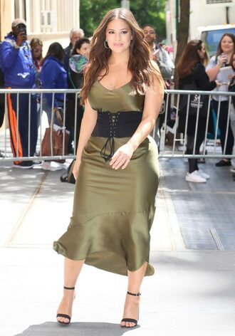 dress ashley graham curvy plus size dress midi dress model off-duty sandals sandal heels belt camisole khaki