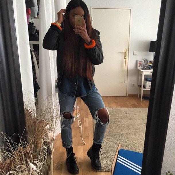 Jeans blvackfashion sandra lambeck blvck fahsion ripped jeans bomber jacket drmartens Pretty girl fashion style tumblr