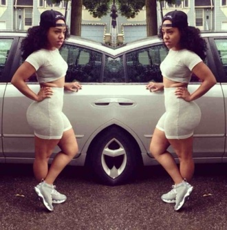t-shirt bodycon tight two-piece sexy tracksuit shorts crop tops sporty sneakers sports luxe curvy