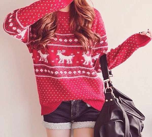 casual christmas holiday season polka dots stripes striped sweater red white print long long sleeves cut off shorts cut offs denim denim shorts short knitwear knitted sweater black gold bag deer cozy cozy sweater winter outfits winter sweater warm vintage jumper leather sexy classy fashion cute hot streetwear streetstyle outfit party outfits