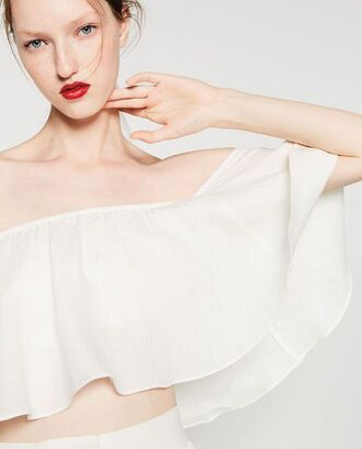 top crop tops frilly zara red lipstick model white white top off the shoulder off the shoulder top summer summer top
