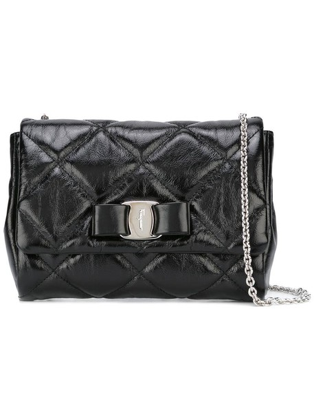 women quilted bag leather black