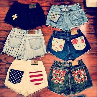 shorts american flag jeans black flowers white nails clothes vintage high waisted shorts flowered shorts american flag shorts denim shorts style nice grunge summer flowery po cute shorts crosses studded floral stud denim tumblr hot pretty high waisted denim shorts hipster studded shorts all different styles studs ripped cross american design floral design usa short shorts acid wash july 4th beaded pockets pattern a lot of different kinds blouse gloves shoes 6 pairs special print pocke print rivets summer shorts a little ripped pants blue dope