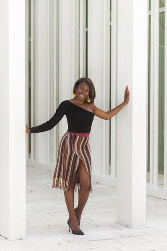 celeajade blogger top skirt jewels shoes fall outfits one shoulder pumps high heel pumps