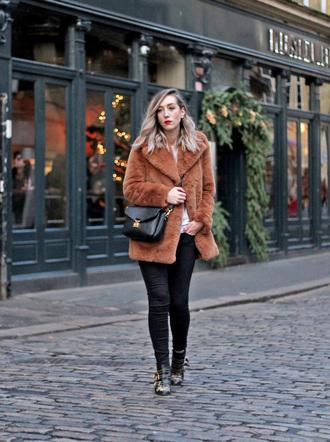coat black tumblr fur coat brown coat pants boots black boots ankle boots bag black bag