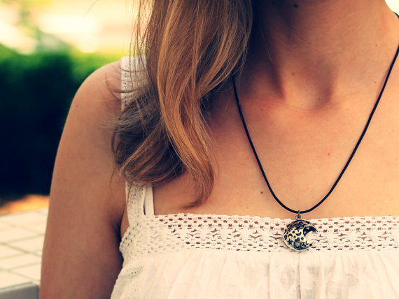 Choker Necklace Pendant Statement Locket Cord by ChokerNecklace