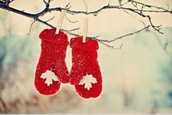 gloves,red,winter outfits,cold,white,snow,canada,jewels