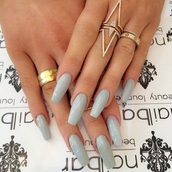 nail polish,nails,ring,jewelry,jewels,gold ring,bling,kylie jenner jewelry,kylie jenner