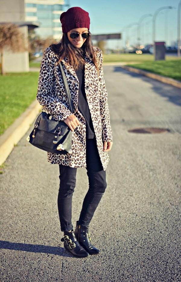 quality rivets coat sweater jeans shoes bag hat