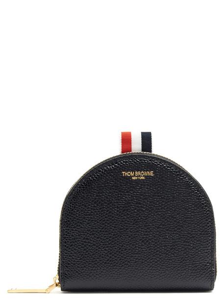purse black bag