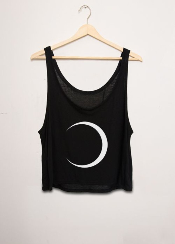 tank top moon black flowy crop tops tank top crescent moon flowy top shirt black loose tank top with white crescent moon hipster t-shirt black t-shirt crop tops blouse half moon summer crop tops top moon top moon tanktop shirt top black white crop cute summer black tank top crecent moon shirt