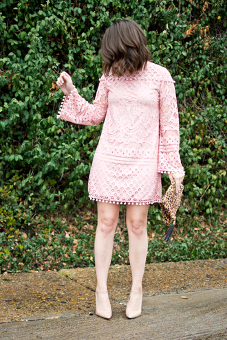 champagne&citylights blogger dress shoes jewels bag pink dress lace dress pumps high heel pumps spring outfits