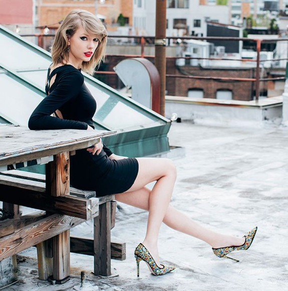 taylor swift shoes dress