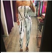 romper,tie dye,black,white,comfy,super cute,strapless,where to get this outfit!,jump suit