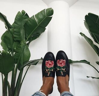 shoes tumblr black shoes slide shoes gucci gucci shoes gucci princetown embroidered roses floral loafers