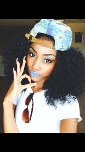 make-up,sunglasses,curly hair,panel hat,snapback,torquise,hat,blueberry blue,eyebrows,nails,cutenails,eyeliner,cat eye