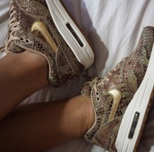 shoes,nike running shoes,nike air,nike shoes,nike sneakers,air max,snake skin print,sneakers