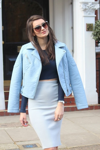 peexo blogger sunglasses perfecto light blue high waisted skirt pencil skirt