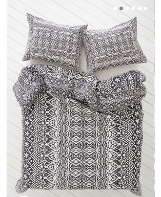 home accessory balck and white bedding hipster beach house