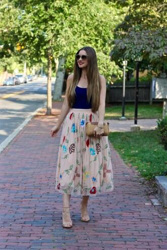 lamariposa blogger tank top skirt shoes sunglasses bag jewels