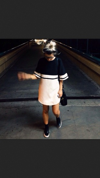 dress platforms t-shirt pastel pink and black dress oversized t-shirt shoes dress black and white shirt dress black white dress