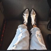 shoes,metallic,pointed toe,ankle boots,silver,holographic,holographic shoes,ripped jeans,fashion,silver ankle boots,pointed toe boots