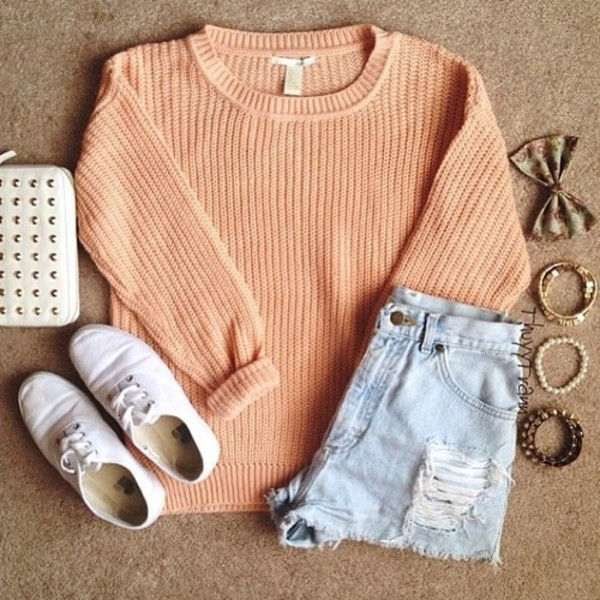 sweater pastel colorful peach shorts coral knitwear short bracelets bag shoes sweat white blue orange jeans ripped jeans bows jewelry wallpaper floral pretty wallet blouse outfit knitted sweater jewels fall outfits beige pullover hair accessory make-up