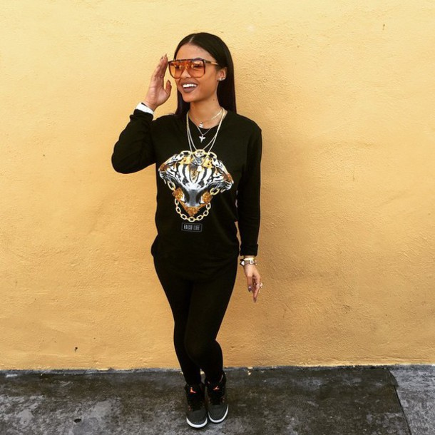 shirt shoes glasses