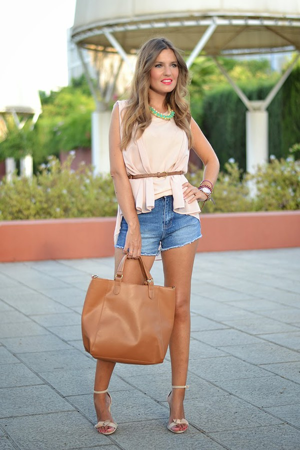 mi aventura con la moda blogger blouse t-shirt jewels bag shoes