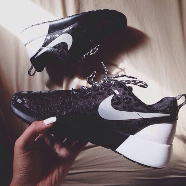 80ce6cba9dd shoes black and white nike roshe run black white nike roshe black white nike  roshe run