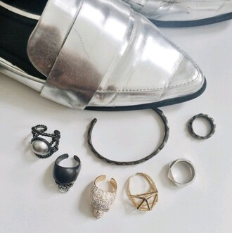 jewels on point clothing shoes jewelry frantic jewelry hand jewelry minimalist jewelry jewelry ring gold jewelry silver jewelry silver gold shiny geometric edgy cute style fashion tumblr bracelets hipster cool authentic cyber pale