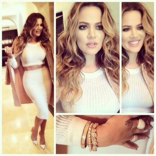 skirt khloe kardashian blonde hair white top dress shirt midi skirt crop tops