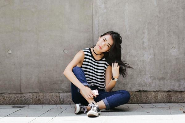 fashionymous blogger top jeans jewels skirt shoes bag sunglasses stripes