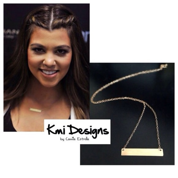 jewels celebrity style valentine's day gold necklace jewelry gold bar kourtney kardashian