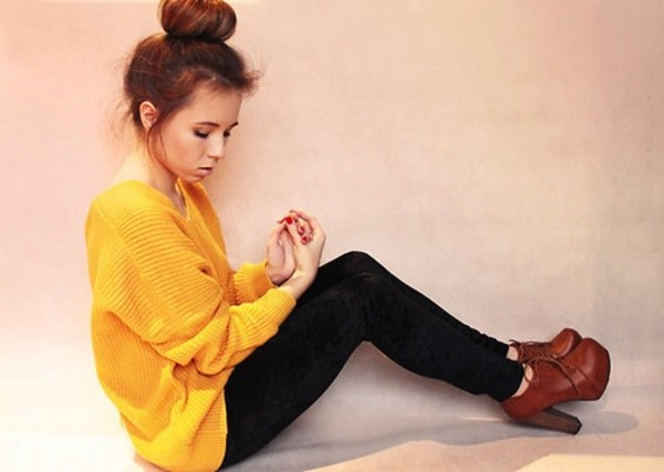 sweater yellow leggings