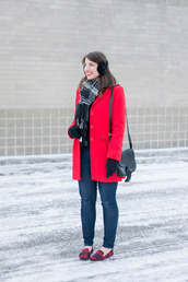 styleontarget,blogger,scarf,sweater,bag,jeans,winter outfits,red coat,shoulder bag,gloves,smoking slippers
