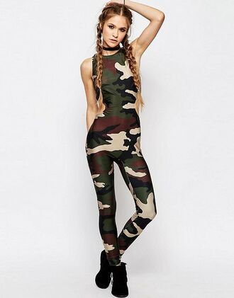 the blonde salad blogger army green jumpsuit jewels jewelry necklace choker necklace black choker camouflage