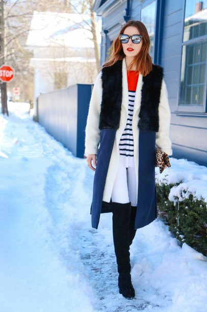 prosecco and plaid blogger winter coat black boots jacket sweater coat jeans shoes bag sunglasses make-up