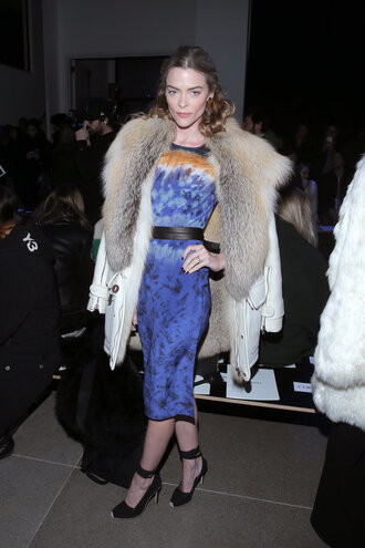 dress pumps jaime king midi dress fashion week 2016 coat fur ny fashion week 2016 shoes