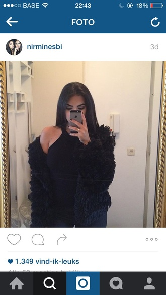 jacket girl black outfit idea